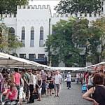 'Boeken rond het paleis' – 14e editie van de grote boekenmarkt in Tilburg op zo 28 augustus 2011
