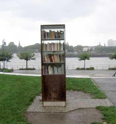 bonn-boekenkast.jpg