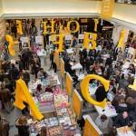 Feest der Letteren in de Bijenkorf Amsterdam